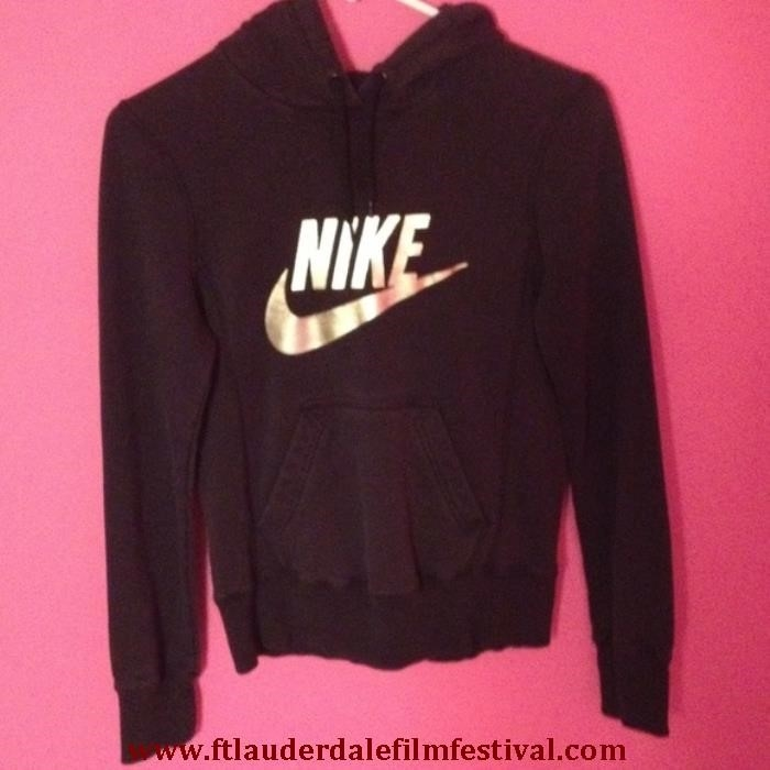 Nike Hoodie Black And Gold